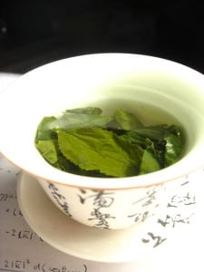 tea 225x300 7 Superfoods that Naturally Boost Your Immunity
